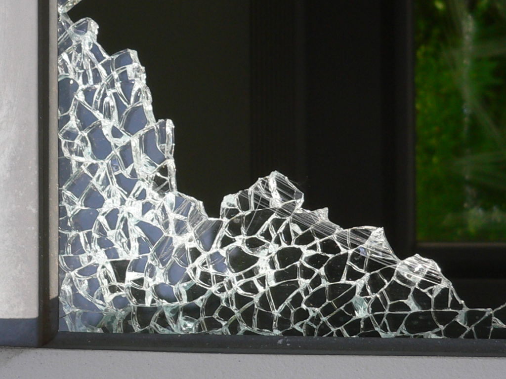 vidrio templado roto